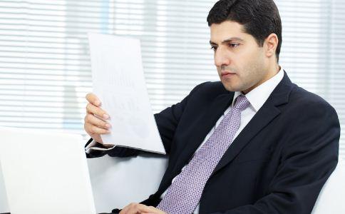 职场男人什么坏习惯不能有 职场男性哪些坏习惯会影响自己工作 什么坏习惯会对职场男人产生影响