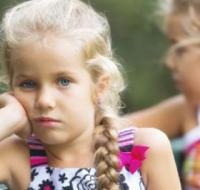 孩子有这6个坏习惯 一旦发现应及时纠正
