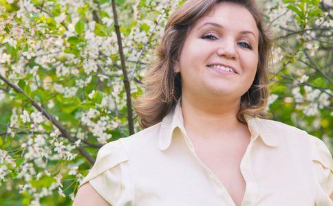 20岁女孩400斤被迫辍学 20岁女孩400斤 肥胖的原因