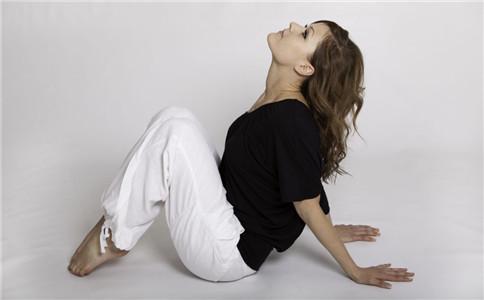背部肌肉拉伸动作 背部肌肉怎么锻炼 肌肉拉伸的好处
