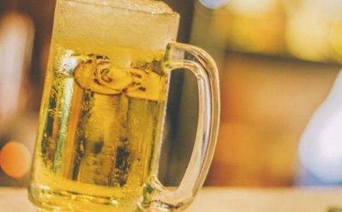 男人怎么喝酒比较好 怎么喝酒不伤身 怎么喝酒比较不会伤害身体