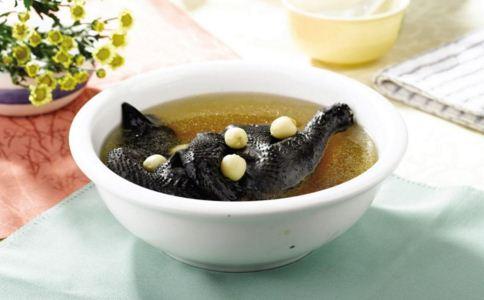 喝养生汤误区 养生汤怎么喝 喝养生汤注意什么