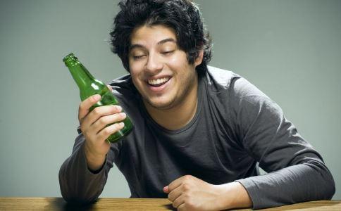 酗酒會導致陽痿嗎 陽痿的原因有哪些 為什麼會出現陽痿