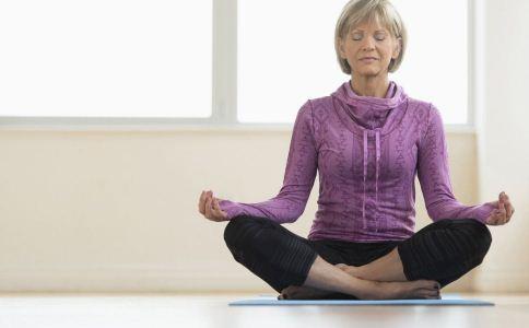 什么坐姿会引起腰酸 腰酸的原因有哪些 腰酸怎么办