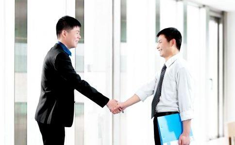 职场男人怎么才能升职加薪 在公司中怎么才能提高工资 哪些加薪技巧可以升职加薪
