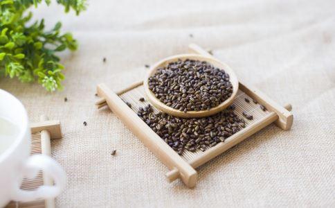 治疗高血脂的土方法 高血脂的治疗方法 治疗高血脂有哪些偏方