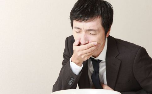 肝病的症状与表现 吃什么能保护肝脏 肝脏的早期症状