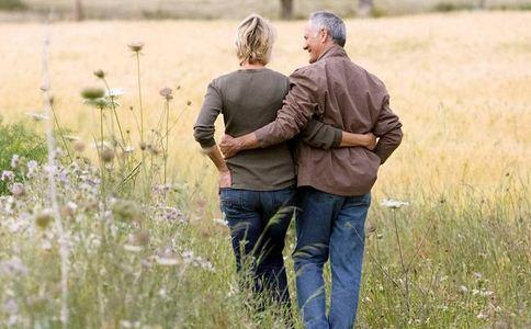 老年人怎么散步 老年人的散步技巧 老年人要怎么散步