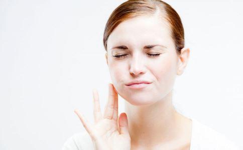 牙周炎如何治疗 牙周炎有什么治疗方法 牙周炎的症状有哪些