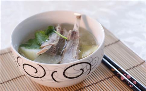 什么汤减肥养颜 秋季养颜减肥汤 什么食物美容养颜