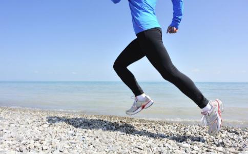 厦门马拉松替跑猝死案原告被驳回 运动过量危害大