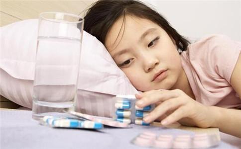 佝偻病有哪些症状 什么原因引起佝偻病 佝偻病如何治疗