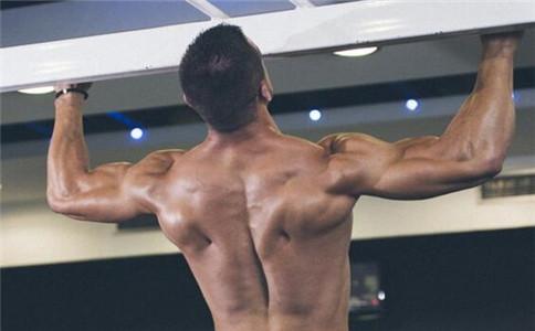 怎么拉伸肱三头肌 拉伸肱三头肌的方法 如何锻炼肱三头肌