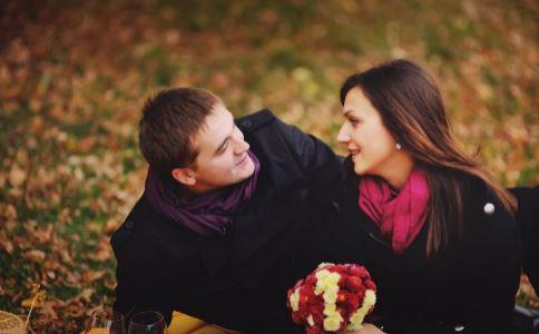 姐弟恋靠谱吗 姐弟恋有哪些好处 姐弟恋之间是怎么相处的