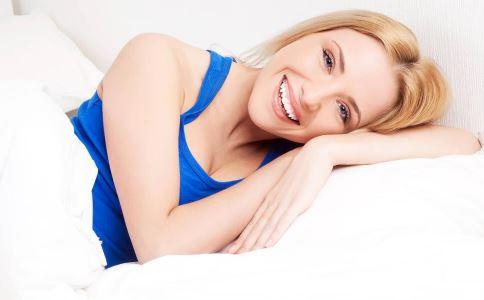 乳腺囊肿有什么症状 乳腺囊肿会自行吸收吗 乳腺囊肿怎么预防