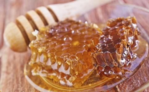 慢性咽炎食疗吃什么 慢性咽炎的饮食偏方 慢性咽炎吃什么好