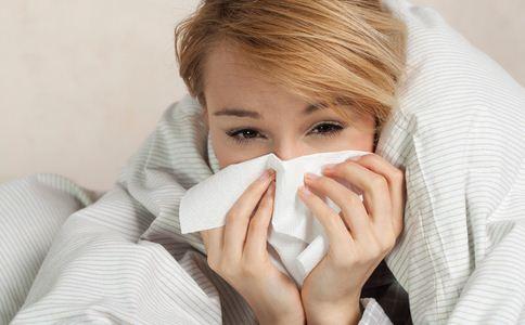 医生输着液看急诊 如何预防扁桃体炎 预防扁桃体炎的方法