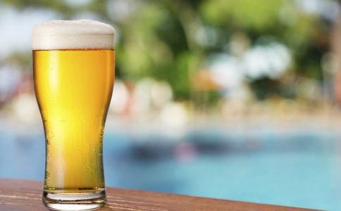 如何预防白内障 喝啤酒能预防白内障吗 预防白内障的方法