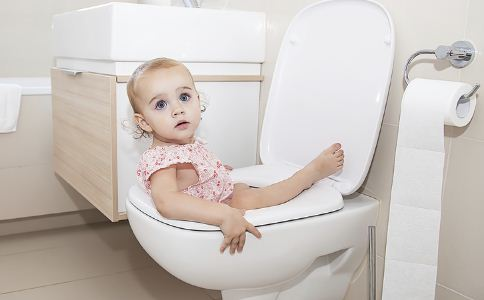 父母必须知道:儿童秋季腹泻分为4种类型