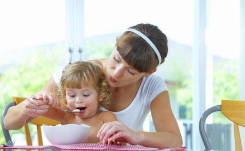 小朋友有哪些饮食习惯 小朋友要养成哪些饮食习惯 小朋友有哪些饮食习惯