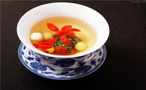 秋季饮什么茶 秋季养生茶的配方 秋季喝茶的好处