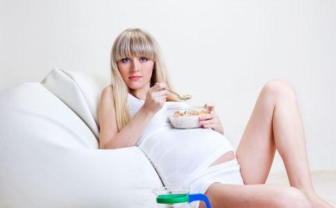 孕妇缺钙 准妈妈该如何补钙 孕期该如何补钙