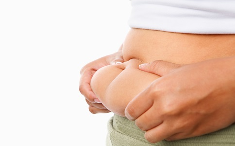 脂肪为什么都喜欢长在肚子上 腹部堆积脂肪的原因是什么 腹部赘肉要怎么减