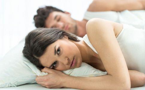 男人性冷淡的症状有哪些 怎么调理男人性冷淡 男人性冷单怎么缓解