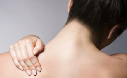 打王者荣耀颈椎劳损 年经人如何保护颈椎 如何预防颈椎病