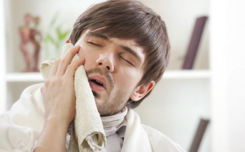 用热毛巾就能治好的病 热毛巾的妙用 热毛巾能干嘛