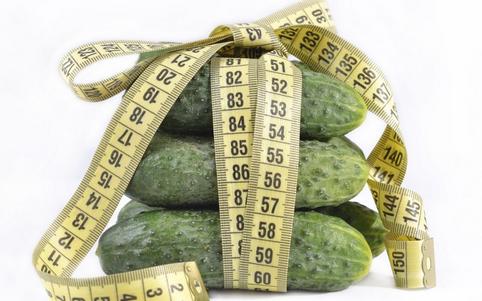 女人吃黄瓜有哪些好处 吃黄瓜的好处有哪些 黄瓜怎么吃好