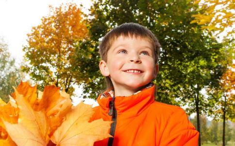 宝宝如何秋冻 儿童秋冻的方法 儿童秋冻的注意事项