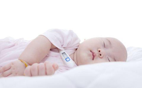 宝宝发热抽搐是怎么回事 什么是热性惊厥 热性惊厥会遗传吗?
