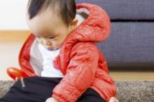 宝宝玩什么玩具好 宝宝必备4类木制玩具