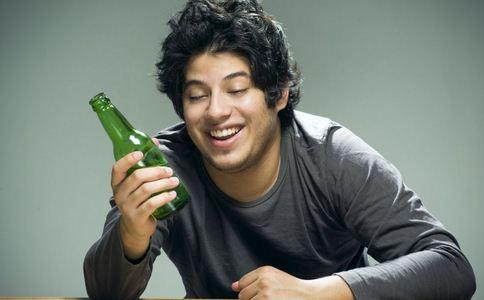 男子顿顿酒肉吃出心梗 心梗的易患人群 心梗的预防方法