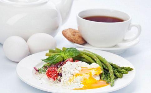 女人早上几点吃早餐好 早餐不能吃什么 女人早餐吃什么好