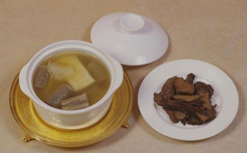 秋季吃什么果 秋季食补要注意什么 秋季食补有哪些禁忌