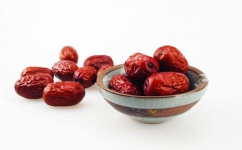 红枣怎么吃健康 吃红枣要注意什么 红枣要怎么吃