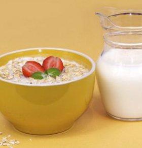 酸奶不能和什么一起吃 酸奶的营养价值 吃酸奶的禁忌