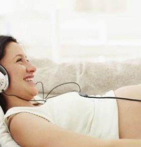 胎儿音乐胎教 胎教轻音乐 选择胎教音乐注意事项