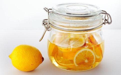 柠檬排毒减肥法效果好吗 柠檬怎么吃可以排毒减肥 柠檬排毒减肥注意事项