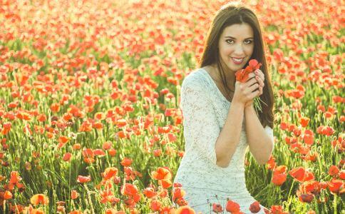 常见花粉过敏要怎么办 花粉过敏的急救方法 花粉过敏怎么预防