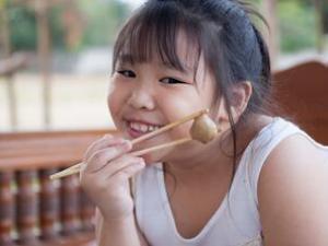 青少年肥胖与日俱增 胖子增加十倍以上