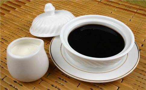 龟苓膏对女性的好处 吃龟苓膏有哪些好处 龟苓膏的营养价值