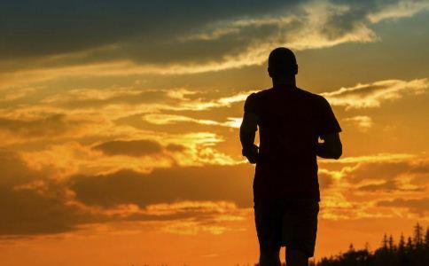 秋季运动该怎么选 秋季选择哪种运动方式比较好 哪些运动适合在秋季进行