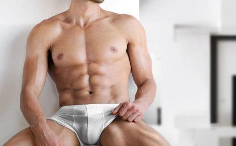 男人可以穿三角裤吗 男人穿什么样的内裤好 怎么挑选合适的男士内裤