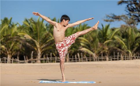 如何锻炼臀中肌 臀中肌的作用 臀中间的位置