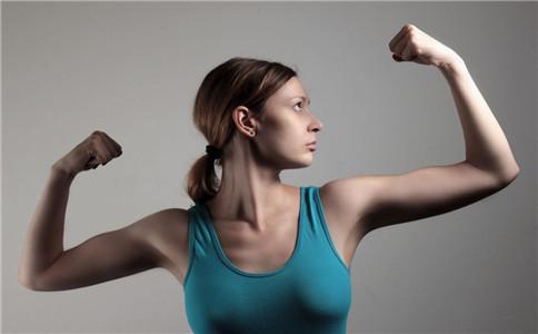 如何加强下肢力量 怎么训练下肢力量 力量训练的注意事项