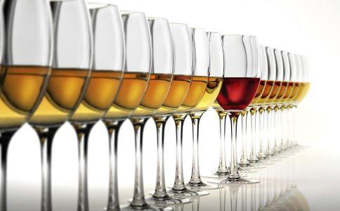 湖南查获2000多瓶假酒 如何辨别假酒 假酒的辨别方法