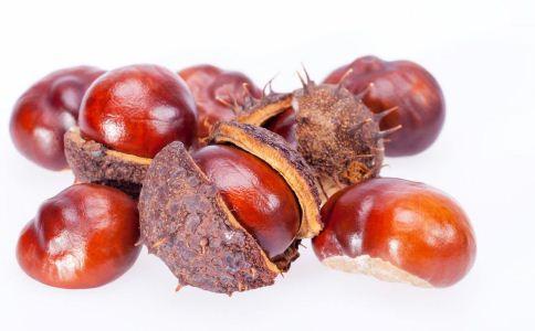 两招快速剥栗子 秋季吃板栗的好处 秋季吃板栗有什么好处